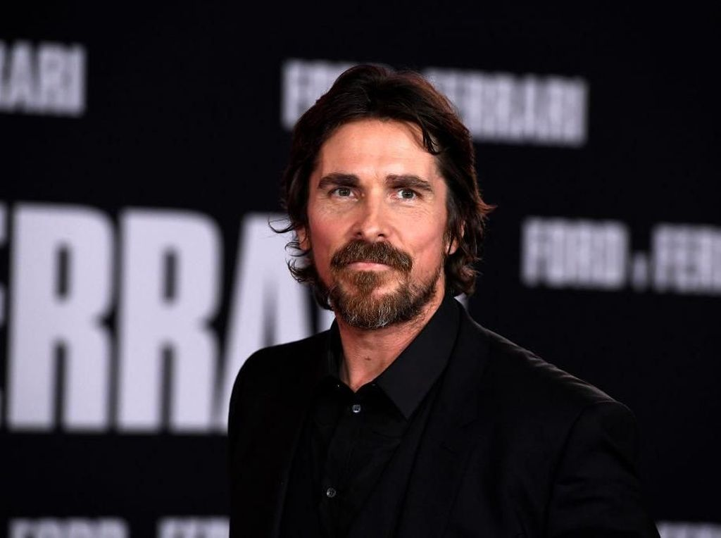 Christian Bale Akan Jadi Penjahat di Thor: Love and Thunder
