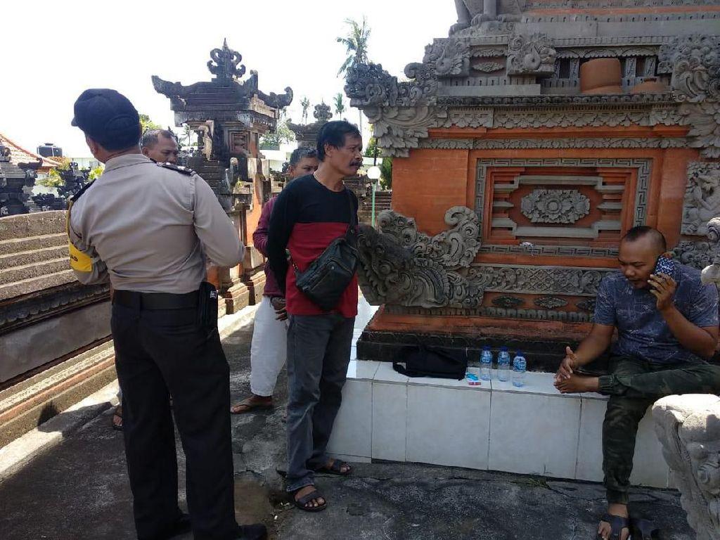 Pencuri Beraksi di Pura Badung, Keris Disikat