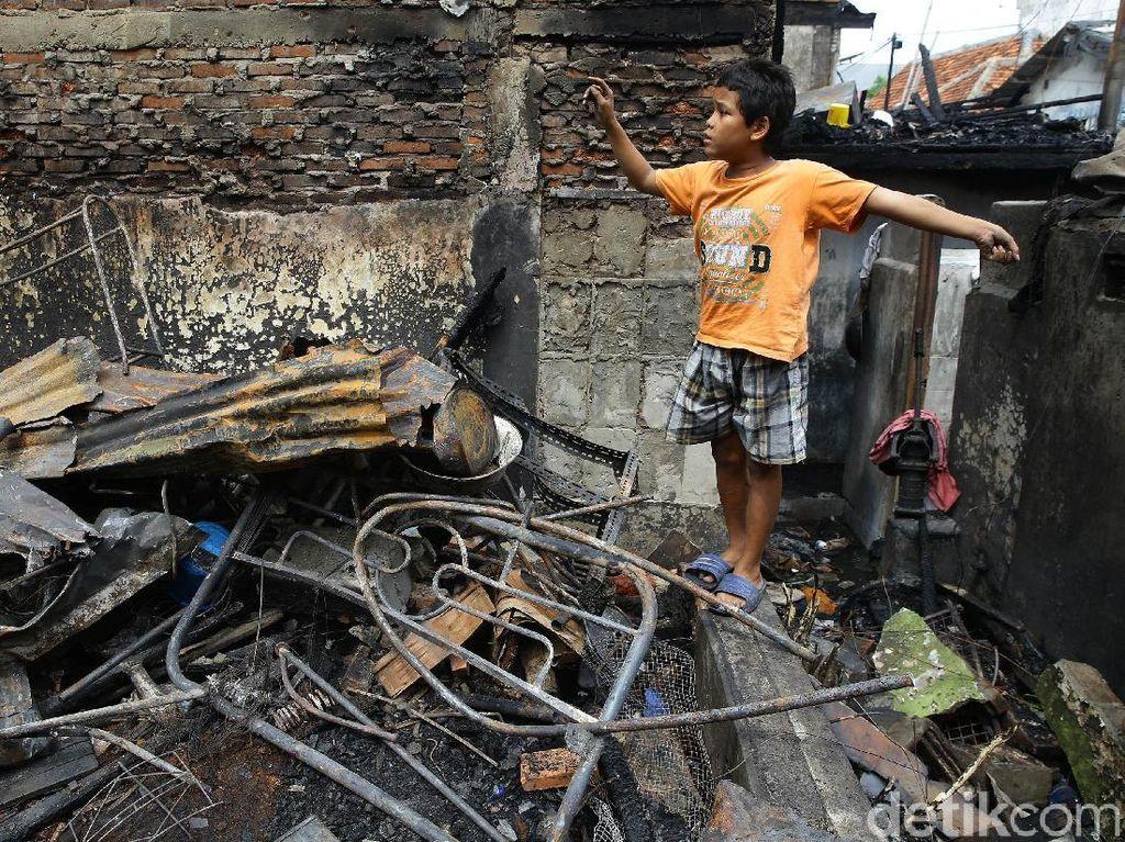 Kebakaran di Taman Sari Diduga Arus Pendek Listrik