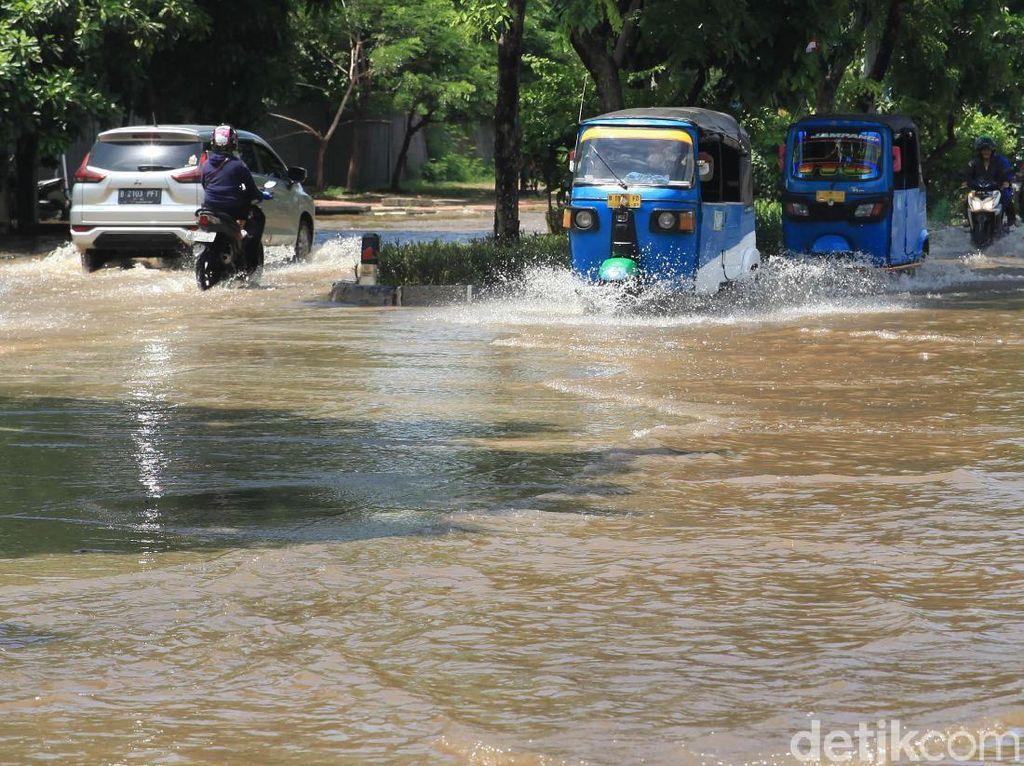 BNPB: Hingga 10 Februari Ada 455 Bencana di Indonesia, 94 Orang Meninggal