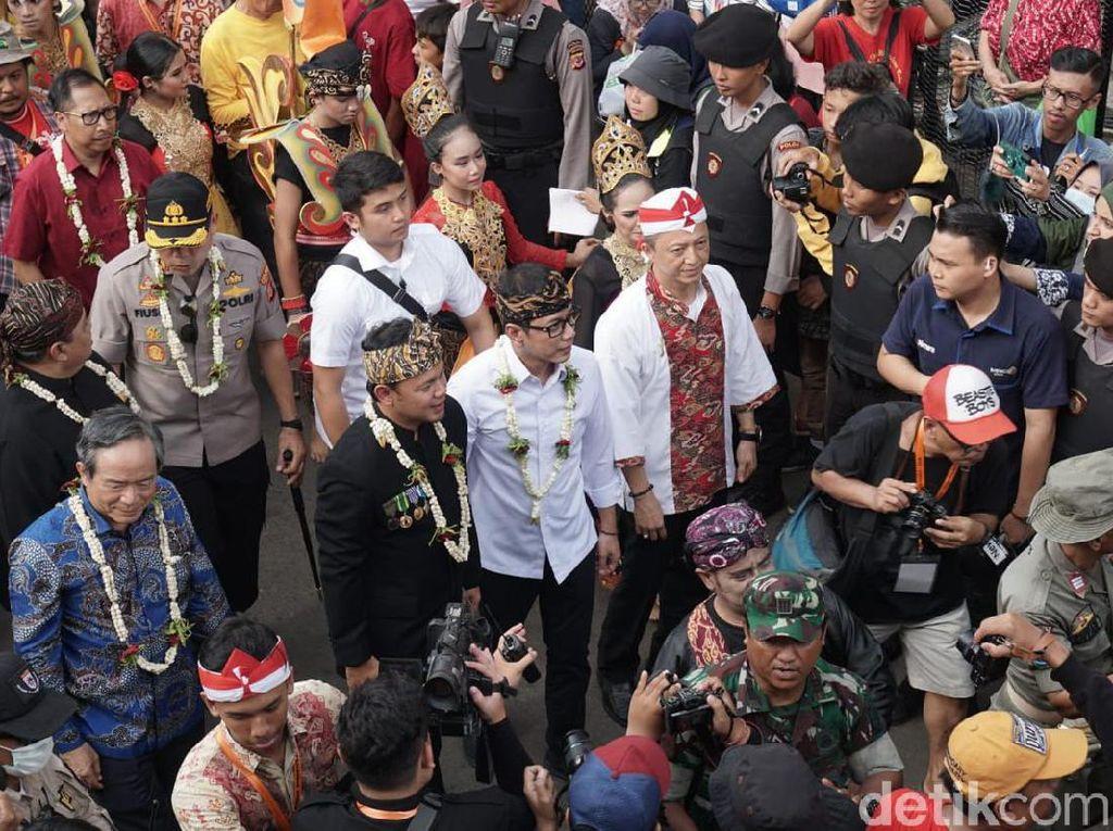 Menparekraf Wishnutama Hadir di Festival Cap Go Meh Bogor