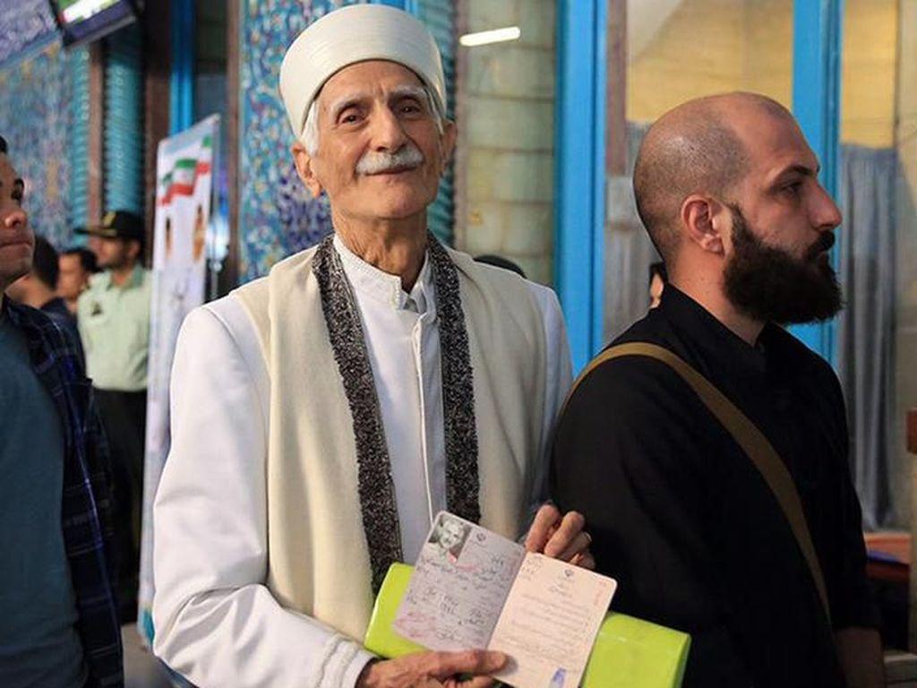Minoritas Agama di Iran Hadapi Represi Baru