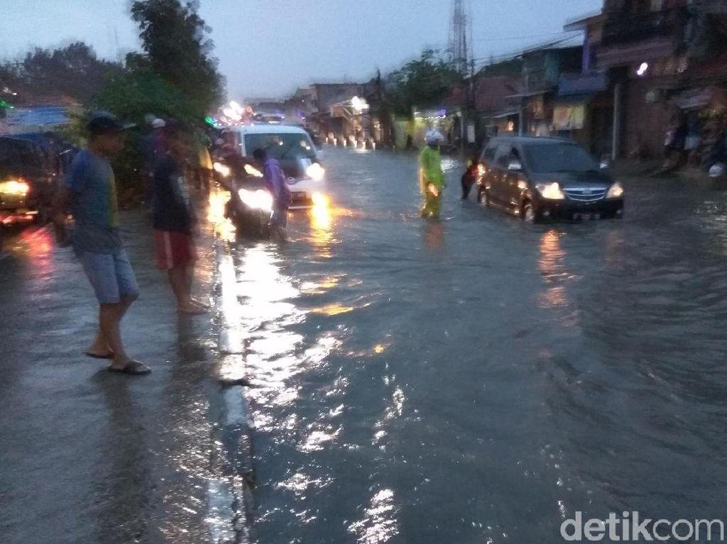 Diguyur Hujan, Kawasan Rancaekek Terendam Banjir
