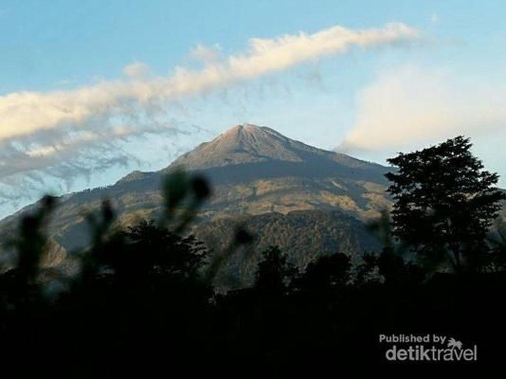 Begitu Cantik Gunung Welirang, Himalayanya Indonesia?