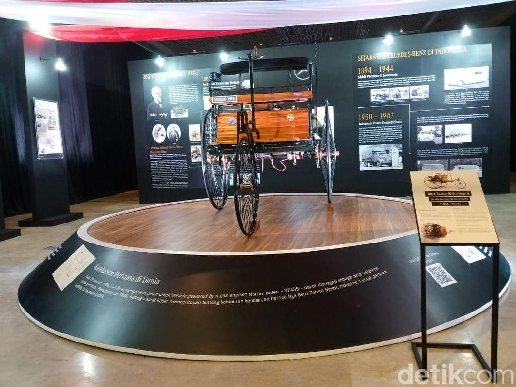 Welcome! Replika Mobil Pertama di Dunia Mejeng di Museum Nasional Indonesia