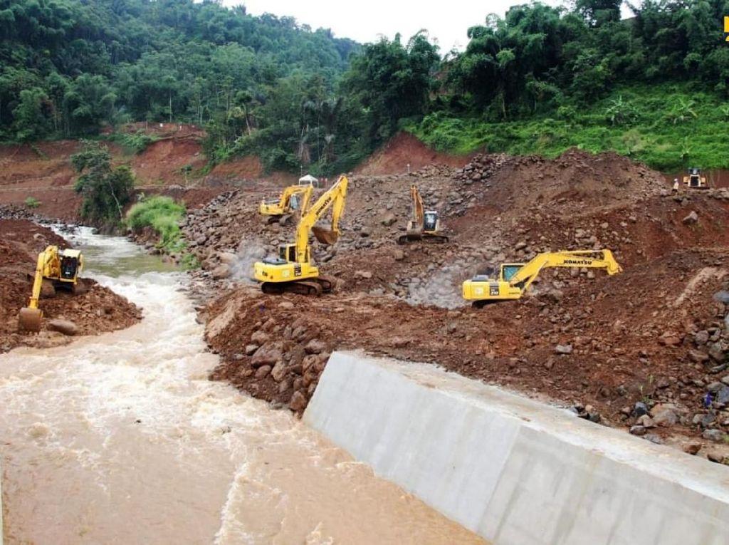 Proyek Penangkal Banjir Jakarta Rampung Tahun Depan