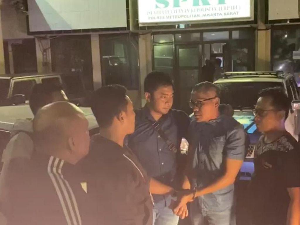 Tohap Silaban, Pemobil yang Ajak Duel Polisi Seorang Aktivis