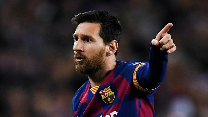 BARCELONA, SPAIN - FEBRUARY 02: Lionel Messi of FC Barcelona reacts during the Liga match between FC Barcelona and Levante UD at Camp Nou on February 02, 2020 in Barcelona, Spain. (Photo by David Ramos/Getty Images)