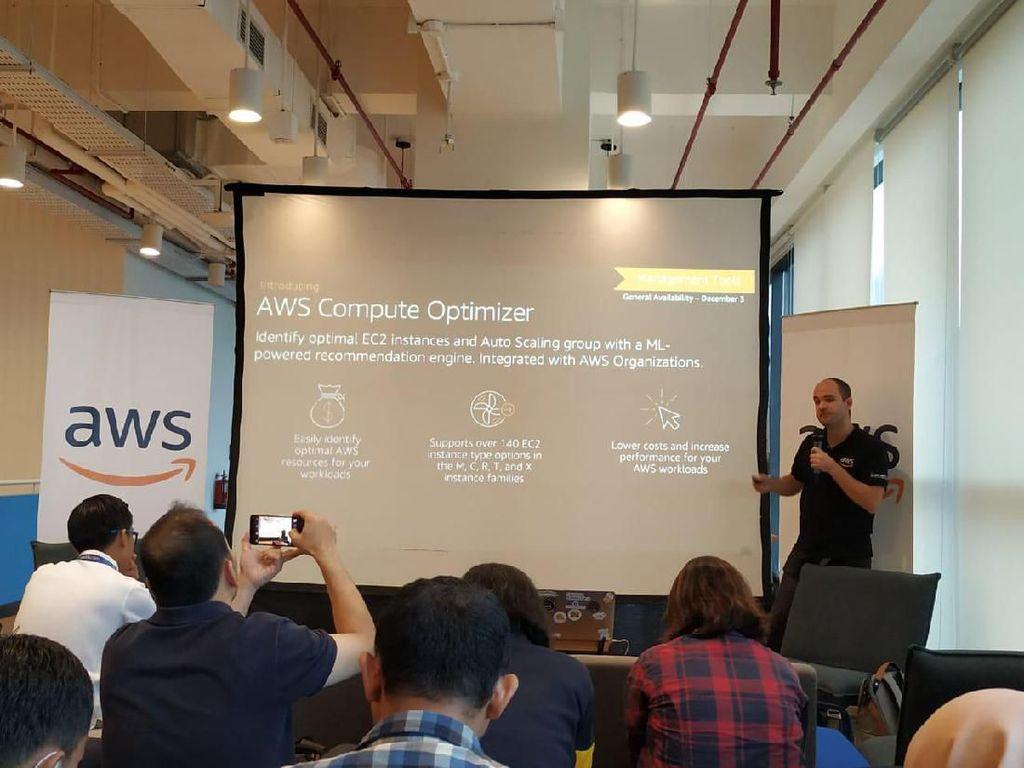 AWS Permudah Pemanfaatan AI dan ML Berbasis Cloud