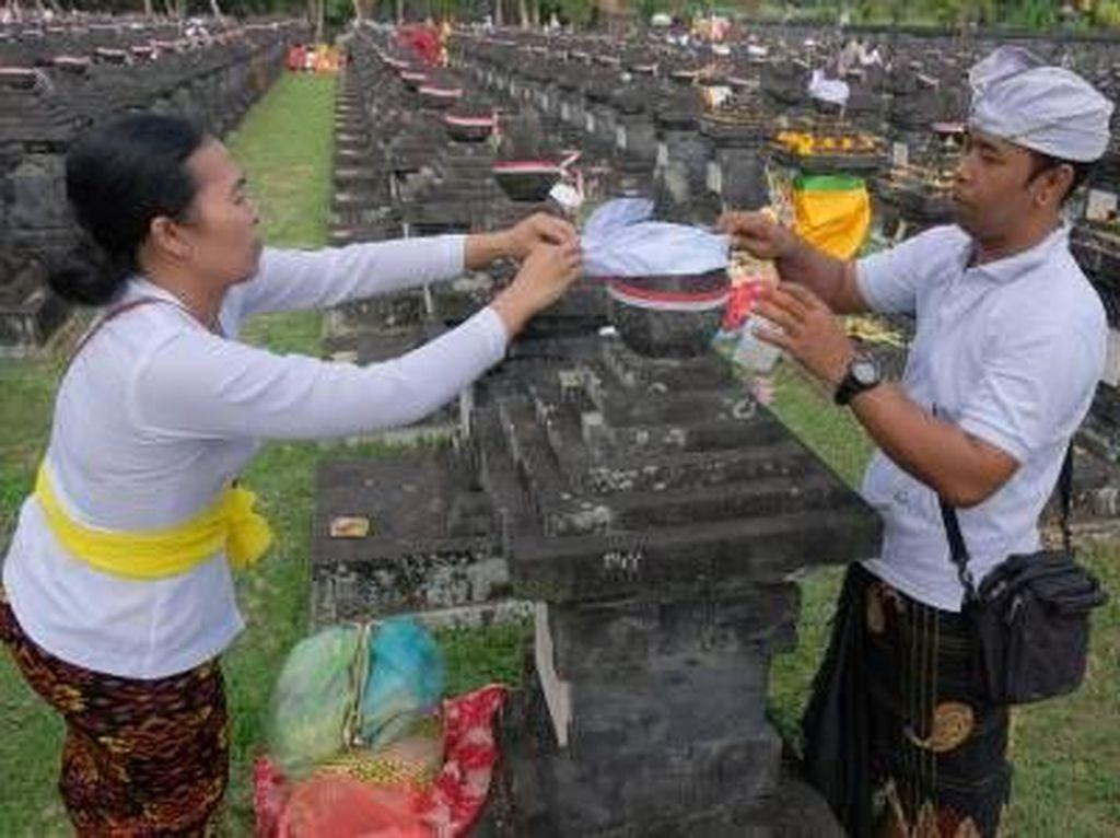 Ritual Adat Mengenang Jasa Pahlawan Nasional I Gusti Ngurah Rai