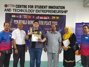 Pelajar SMP Cianjur Sabet Dua Juara di 9th World Robotic For Peace Malaysia