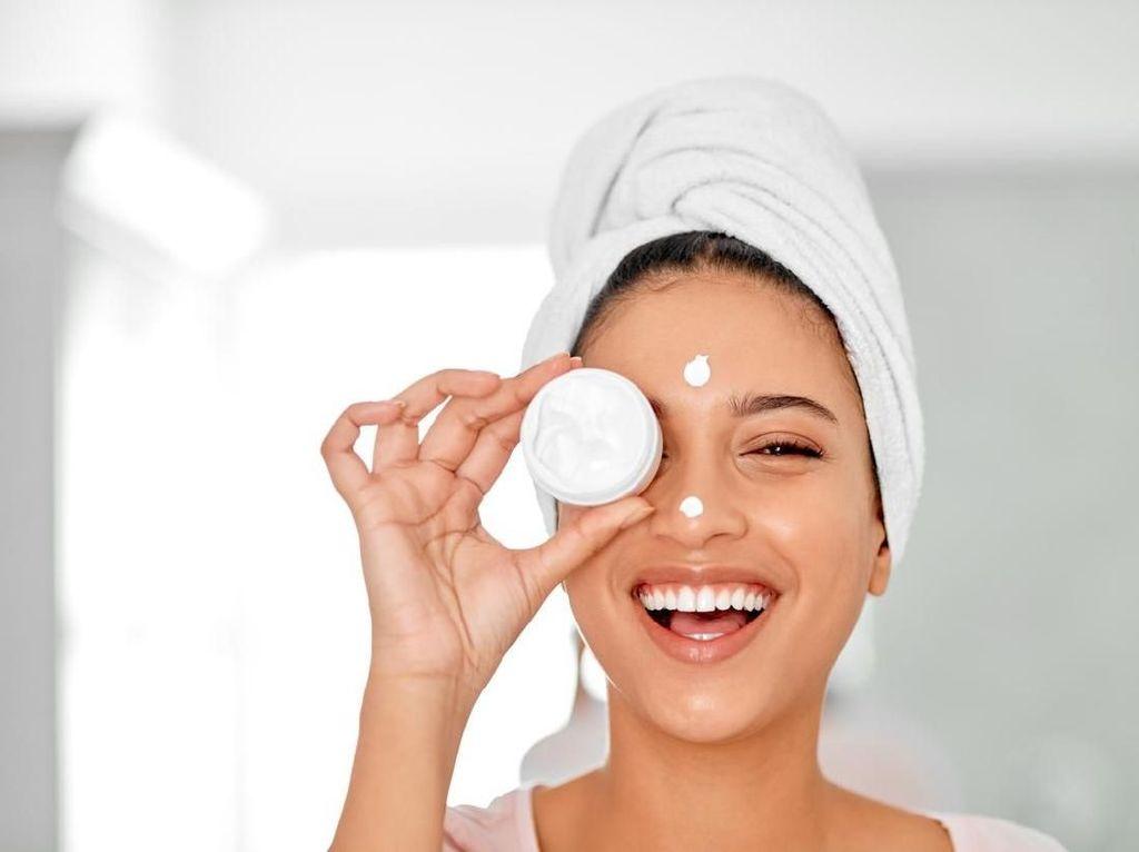 Jangan Salah, Ini 8 Cara Layering Skincare yang Benar