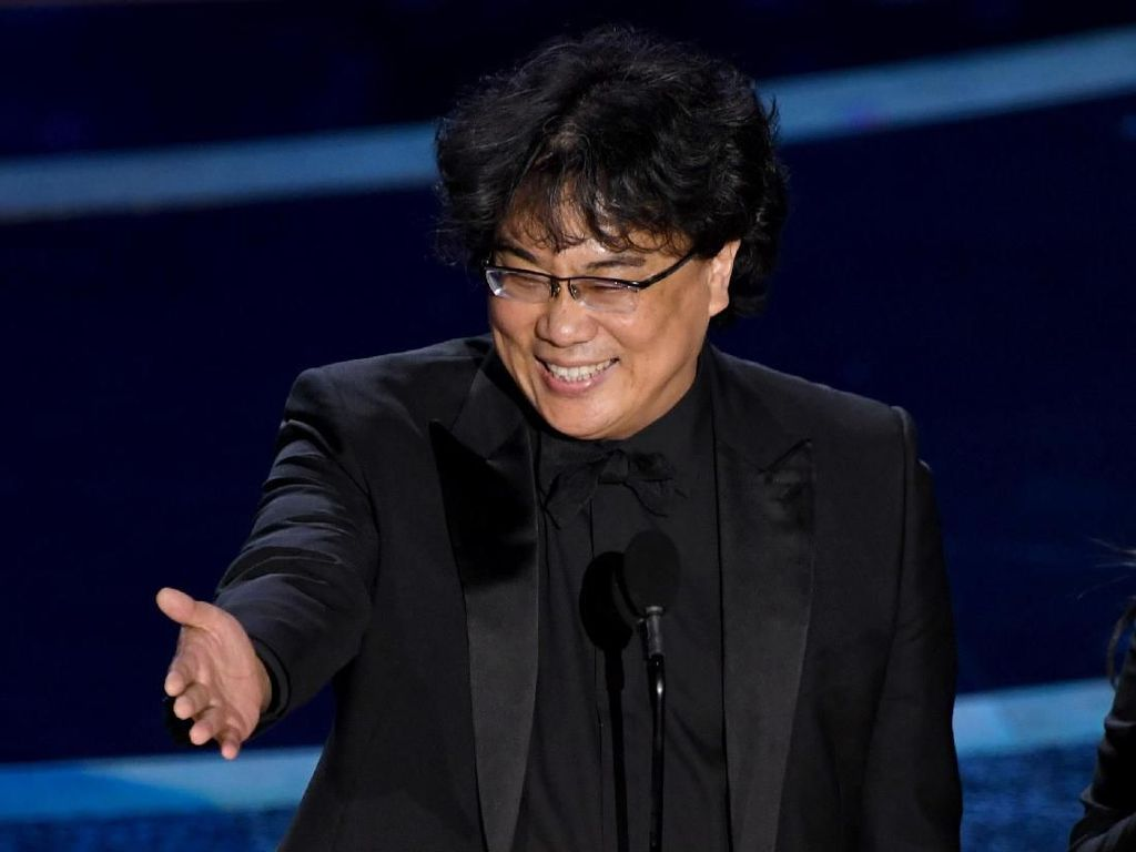 Film Suaminya Menang Oscar, Istri Sutradara Parasite Tak Berhenti Nangis