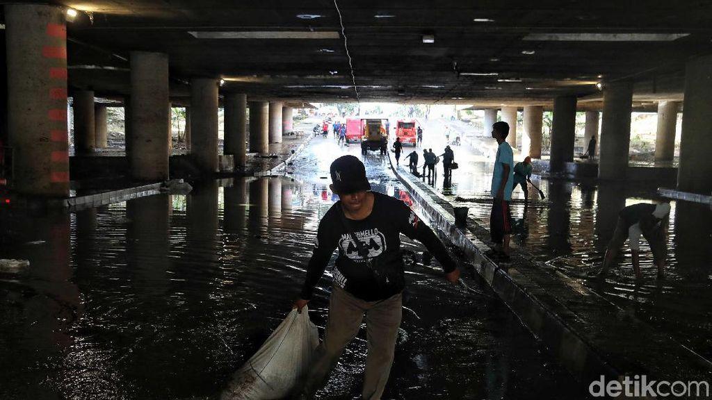 Disedot, Banjir Underpass Kemayoran Mulai Surut