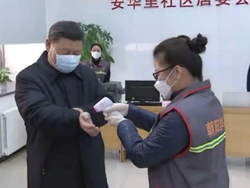 Presiden China Kunjungi Pusat Penanggulangan Virus Corona di Beijing