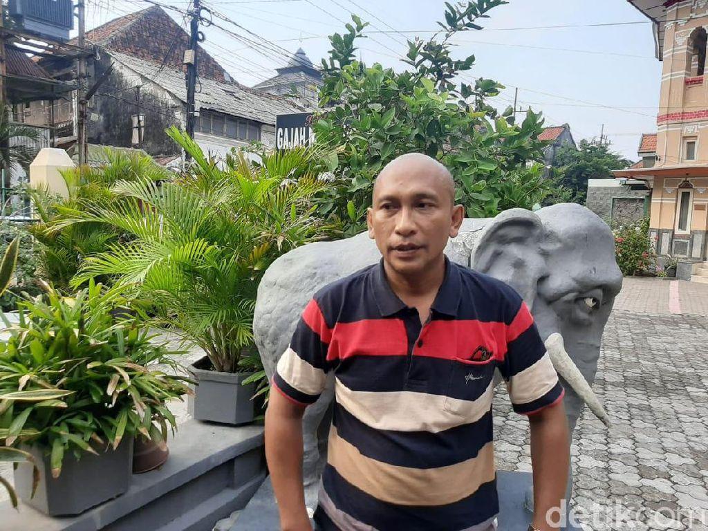 Patung Gajah Mungkur Lucu Diprotes Gegara Dibangun Tanpa Izin