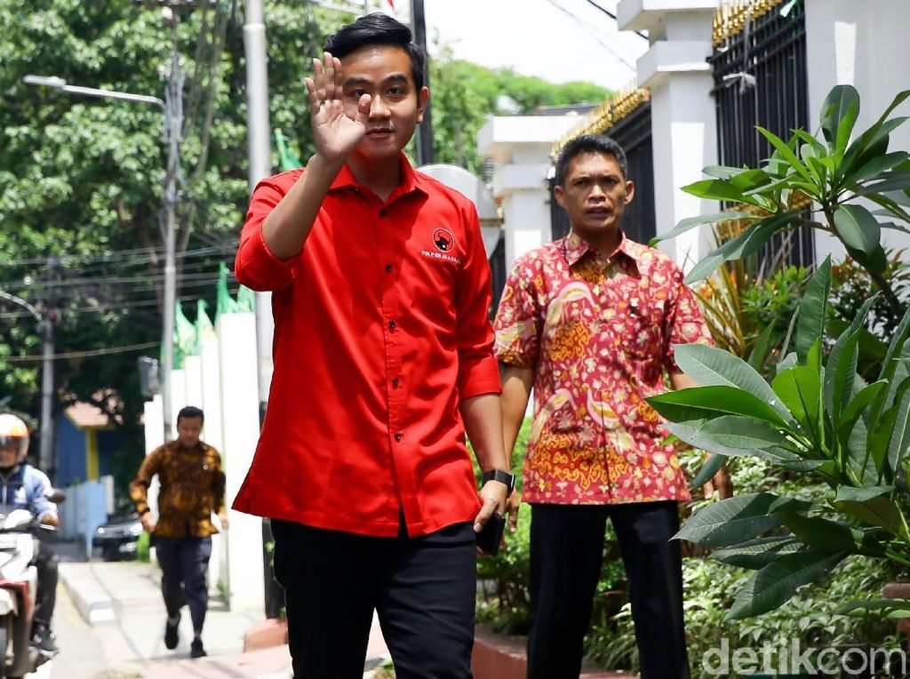 Setahun Jokowi-Maruf Amin, Gibran: PR-nya Masih Banyak
