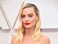 Melihat Lebih Dekat Penampilan Cantik Selebriti di Oscars 2020