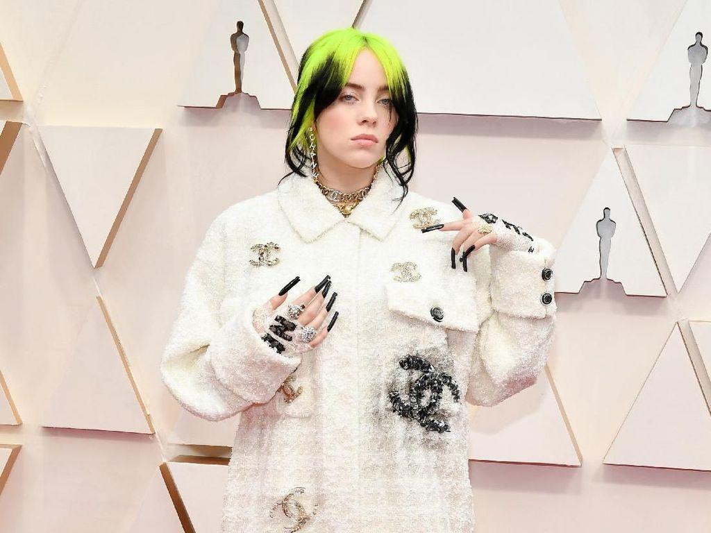 Pakai Bikini, Billie Eilish Curhat Sakit Hati Dihujat Netizen