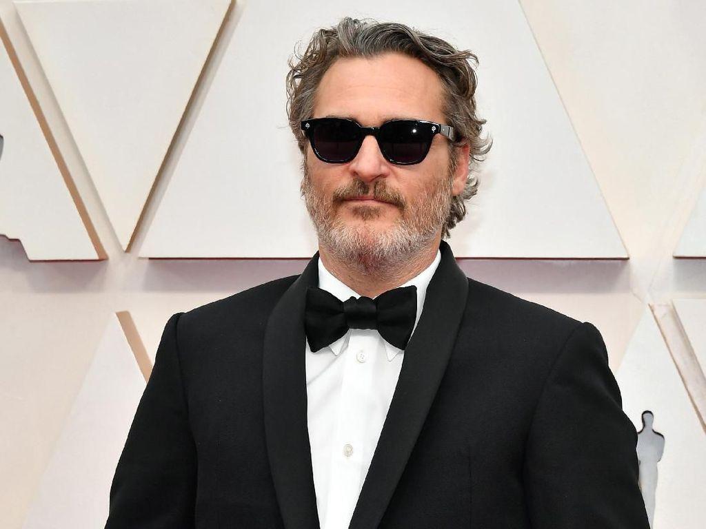 Piala Best Actor untuk Adam Driver atau Joaquin Phoenix?