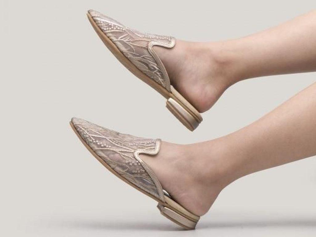 10 Kepribadian Seseorang yang Bisa Dilihat dari Jenis Sepatunya