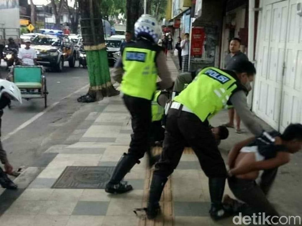 Bak Film Action, Polisi Tuban Kejar-kejaran dengan Maling Kambing