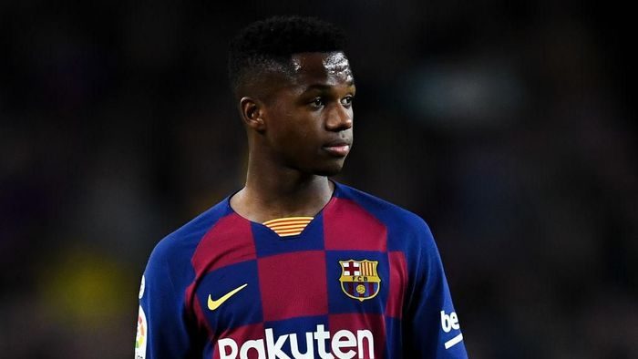 BARCELONA, SPAIN - FEBRUARY 02: Ansu Fati of FC Barcelona looks on during the Liga match between FC Barcelona and Levante UD at Camp Nou on February 02, 2020 in Barcelona, Spain. (Photo by David Ramos/Getty Images)