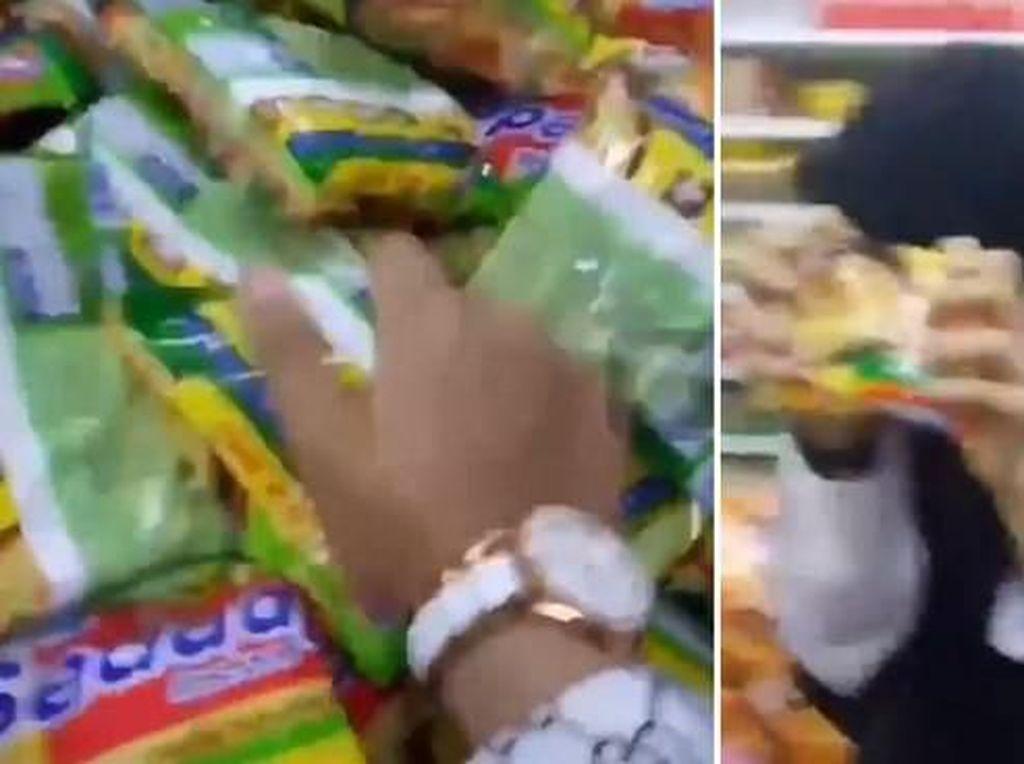 Demi Bisa Viral, Orang-orang Ini Nekat Rusak Makanan di Supermarket