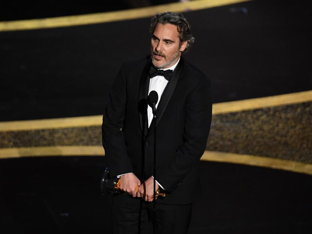 Pidato Kemanusiaan Joaquin Phoenix di Panggung Oscar Tuai Pujian