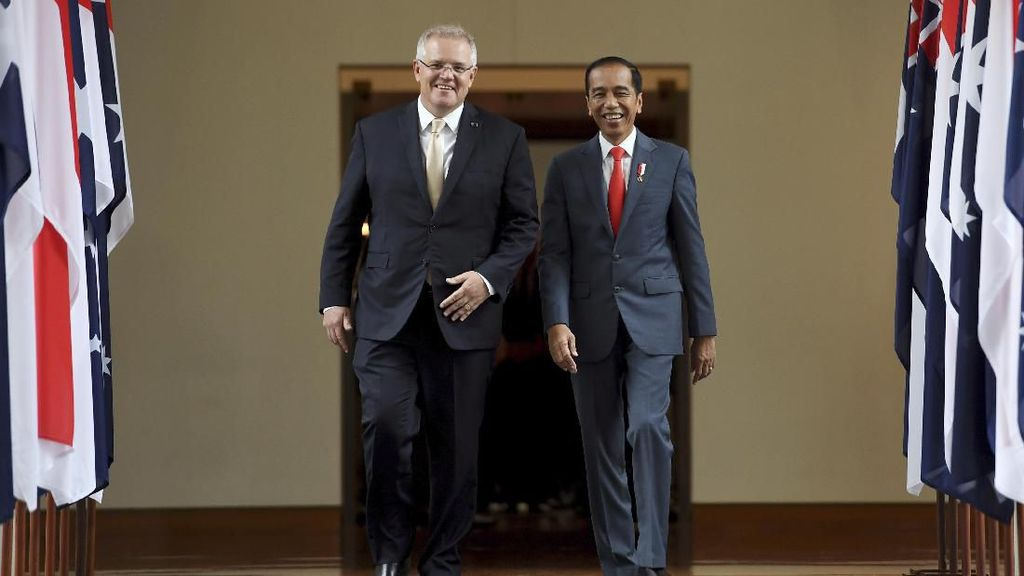 Semringahnya Jokowi di Canberra