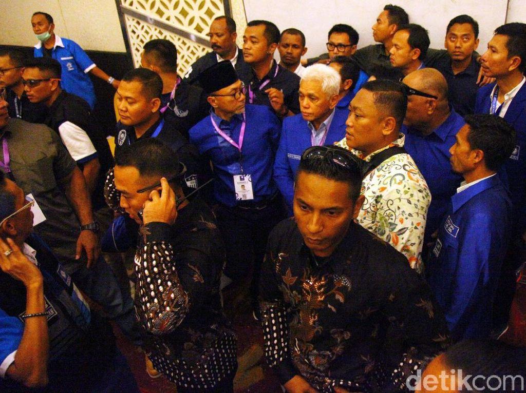 Video: Hatta Rajasa Cs Bersatu Dukung Zulhas di Kongres PAN