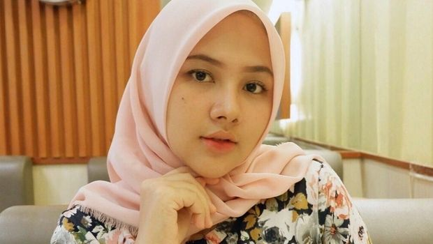 Calon istri Sahrul Gunawan, Una