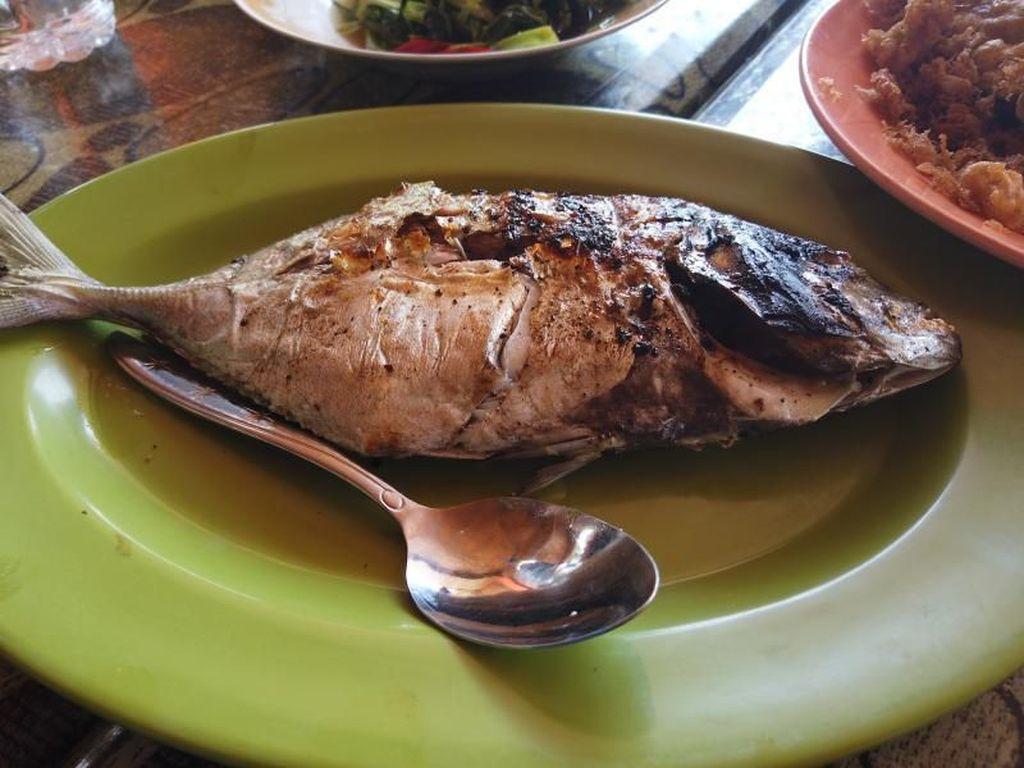 Wisata Kuliner Ikan Bakar Nias yang Menggoyang Lidah