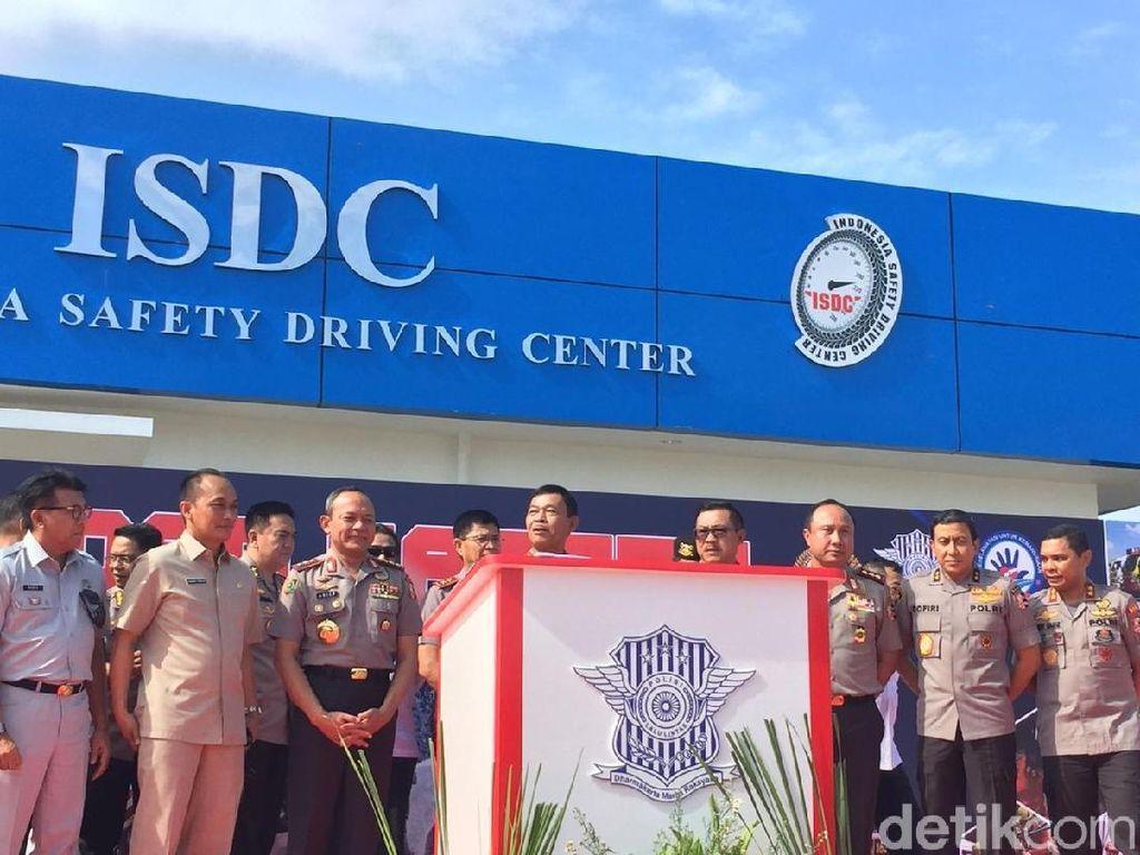 Kapolri Resmikan Indonesia Safety Driving Center di Tangsel