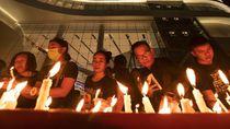 Warga Gelar Doa Bersama untuk Korban Penembakan Brutal di Thailand