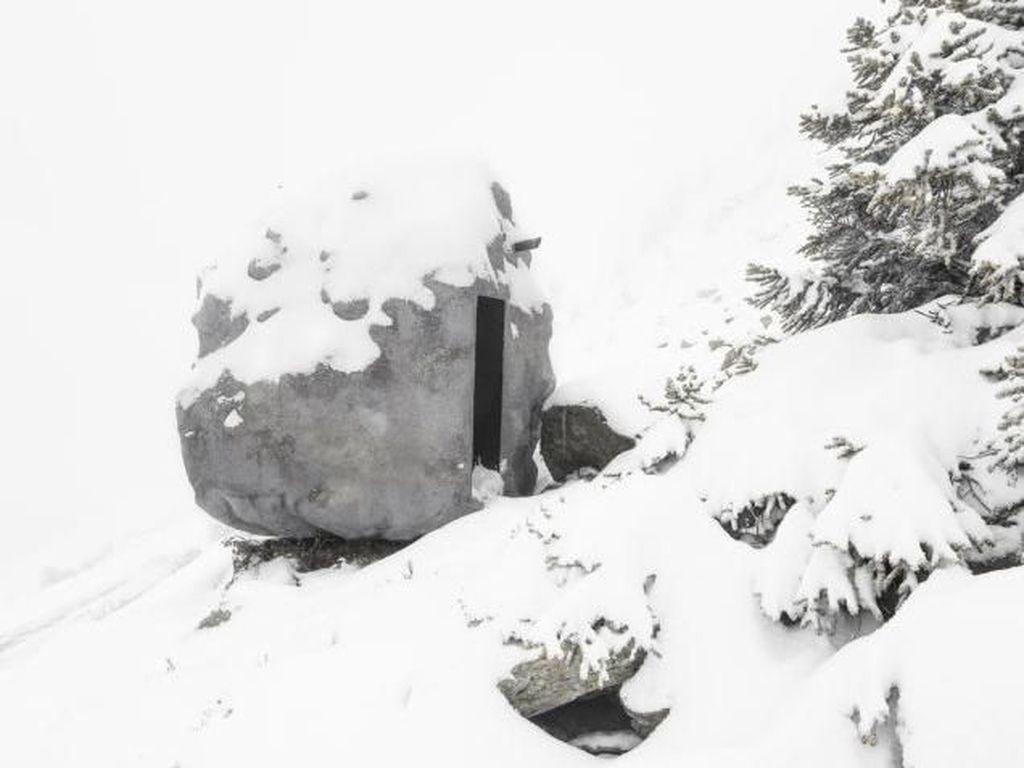 Foto: Kabin Ini Bisa Berkamuflase Layaknya Batu Besar Sungguhan