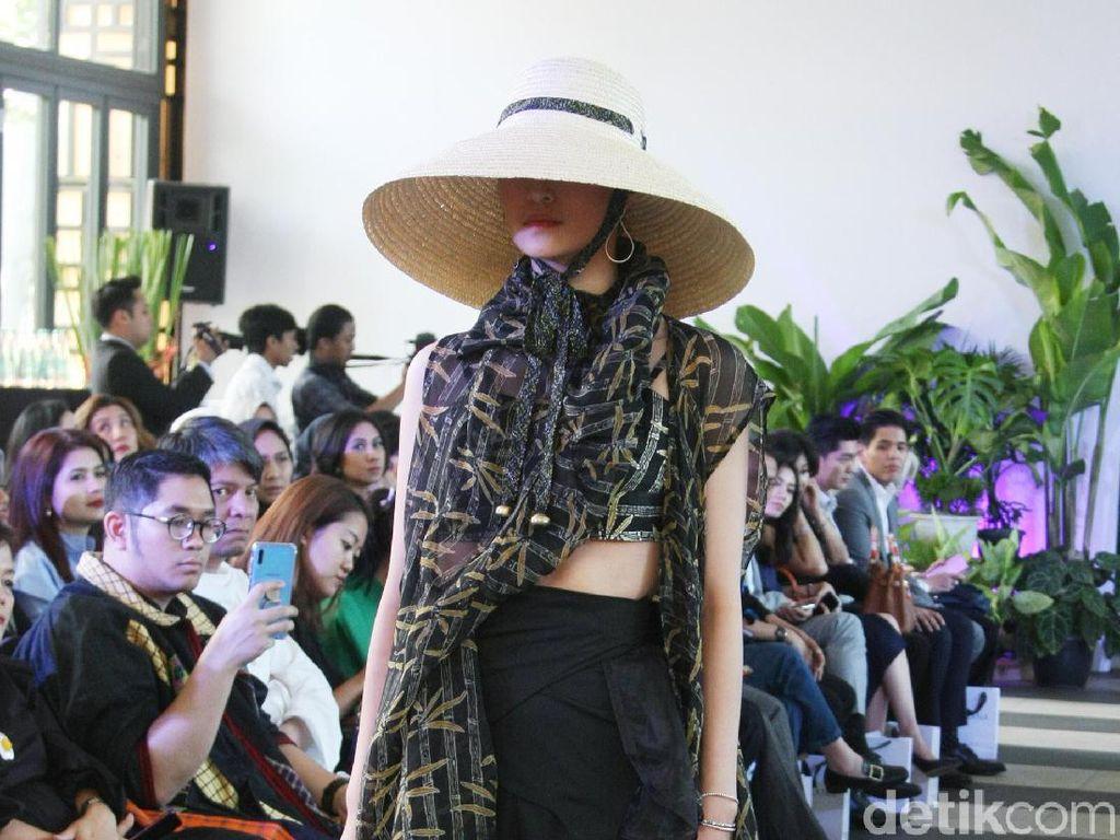 Foto: 10 Koleksi Batik Ramah Lingkungan Purana