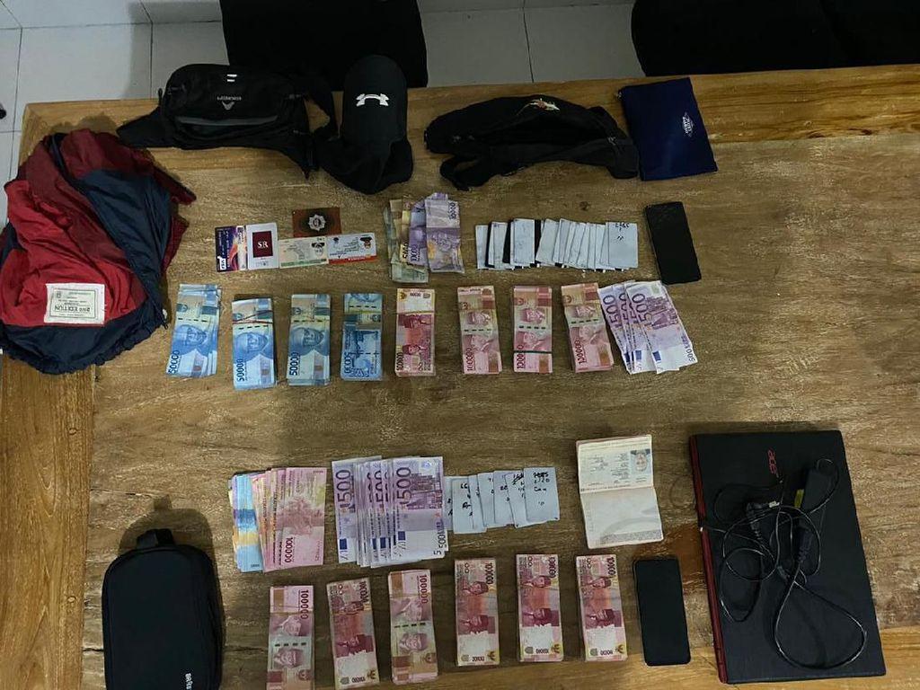 Waspada! Tiap Bulan Polisi Bali Tangkap Bule Bulgaria karena Skimming
