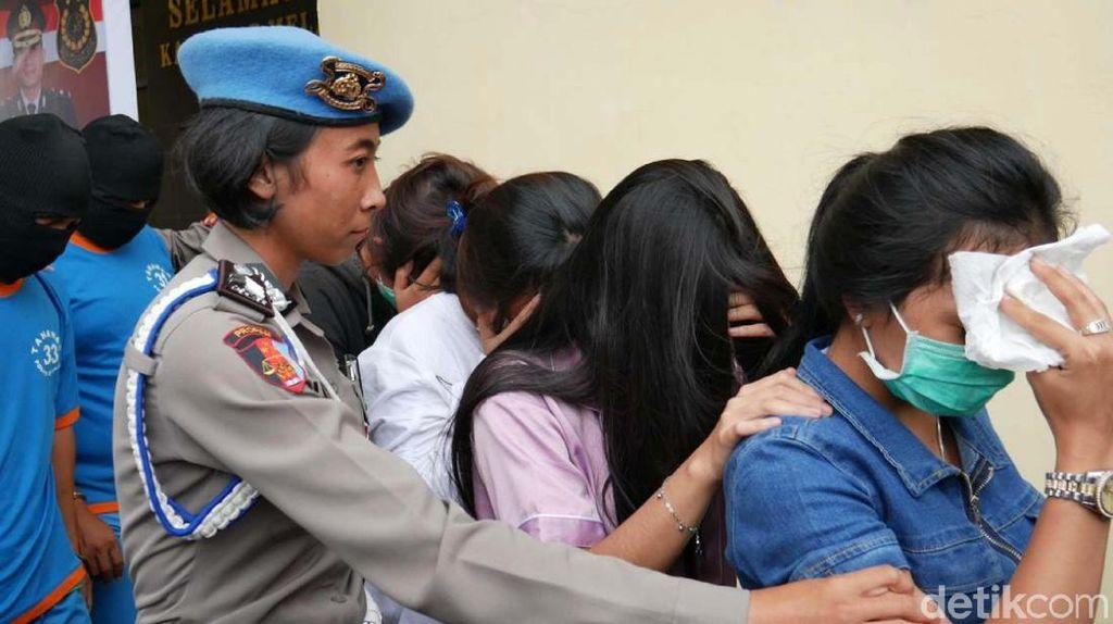 Polisi Tangkap PSK Khusus Turis Timur Tengah