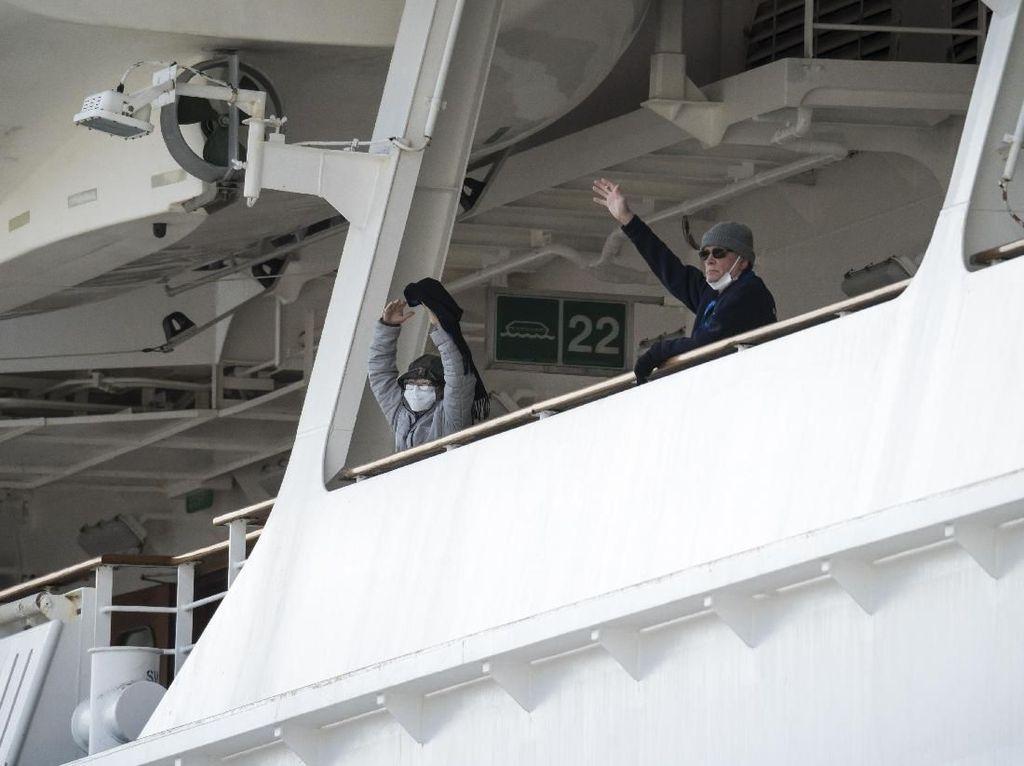 Tambah 70 Kasus Baru, 355 Penumpang Kapal Pesiar Jepang Positif COVID-19