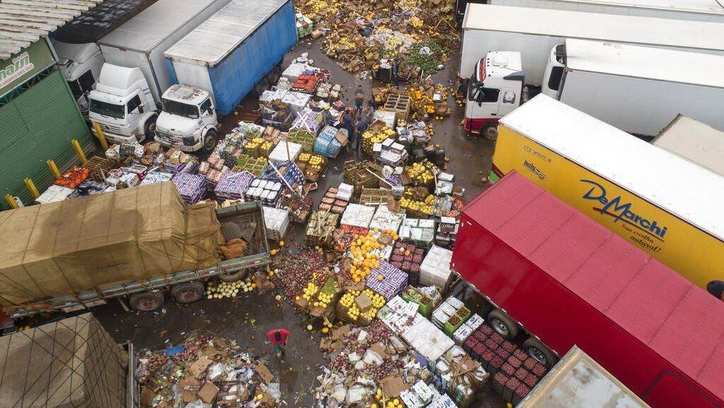 Duh! Buah-buahan Ini Terancam Dibuang Akibat Banjir di Brasil