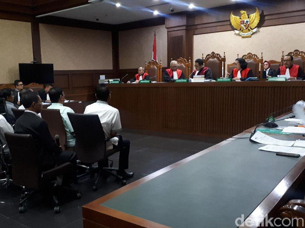 Cerita Saksi Diminta Bawa Durian Saat Gubernur Kepri Terjerat OTT KPK
