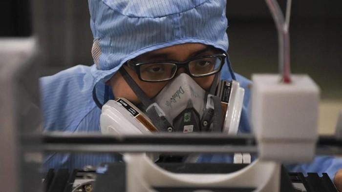 WHO resmi menamai virus Corona yang menewaskan 1.115 orang. Virus mematikan yang pertama kali diidentifikasi di China pada 31 Desember itu dinamai COVID-19.