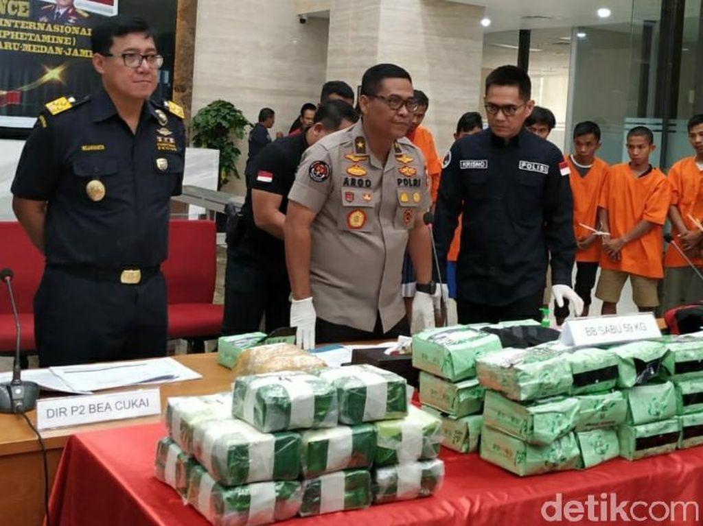 Bareskrim Tangkap 11 Pengedar Narkoba di Riau, 59 Kg Sabu Disita