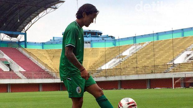 PSS Sleman Resmikan Kepindahan Irfan Bachdim