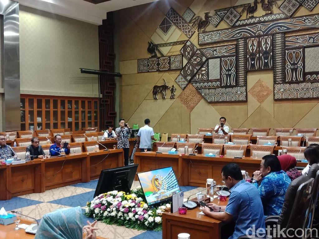 DPR Terima Perwakilan Buruh Aksi Tolak Omnibus Law Cipta Kerja