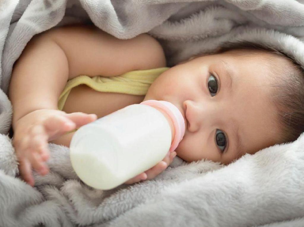 Begini Pentingnya Bersihkan Botol Susu untuk Kesehatan Bayi
