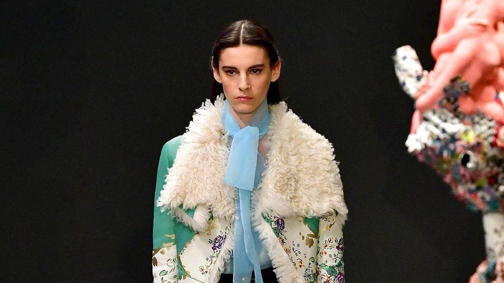 15 Koleksi Tory Burch di New York Fashion Week 2020