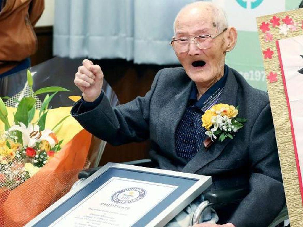 Video: Kenalan dengan Chitetsu Watanabe, Manusia Tertua di Dunia