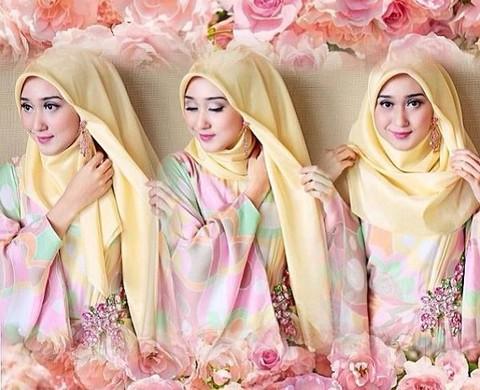 Intip Cara Siasati Pipi Tembam Dengan Gaya Hijab Segiempat